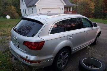 Audi Q7 2011 - Photo 7 of 7