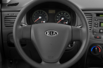 Kia Rio 2008 - Photo 1 of 3