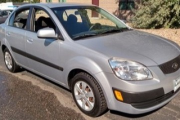 Kia Rio 2008 - Photo 3 of 3