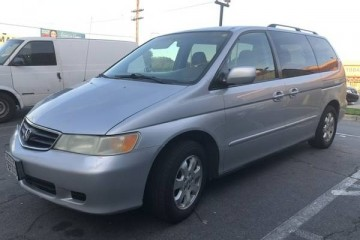 Honda Odyssey 2004 - Photo 1 of 6