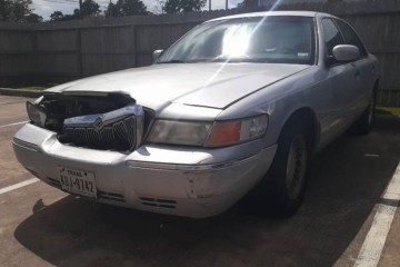 Mercury Grand Marquis 2002 - Photo 3 of 3