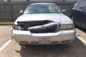 Mercury Grand Marquis 2002 - Photo 2 of 3