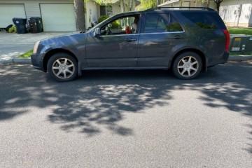 Cadillac SRX 2005 - Photo 1 of 2
