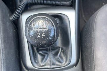 Hyundai Elantra 2010 - Photo 4 of 5
