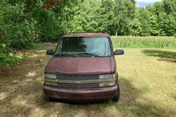 Chevrolet Astro 1995 - Photo 2 of 4
