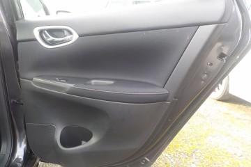 Nissan Sentra 2014 - Photo 11 of 17