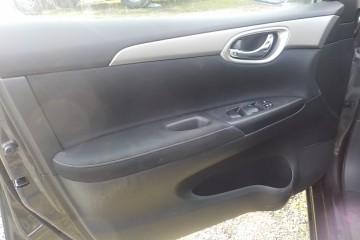 Nissan Sentra 2014 - Photo 6 of 17