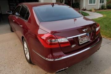 Hyundai Genesis 2012 - Photo 2 of 5