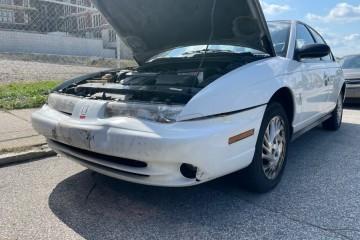 Saturn S-Series 1999
