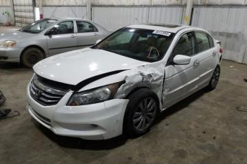 Honda Accord 2012 - Photo 2 of 10