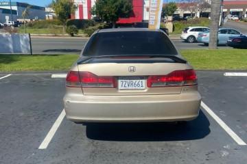 Honda Accord 2002 - Photo 3 of 4
