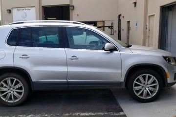 Volkswagen Tiguan 2012 - Photo 3 of 3